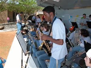 Hirschi Jazz Band 4-6-2006 009_thumb.jpg
